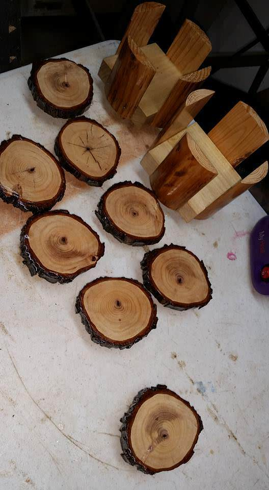 Pecan Coasters & Pallet Coaster Holders Pallet Home Accessories