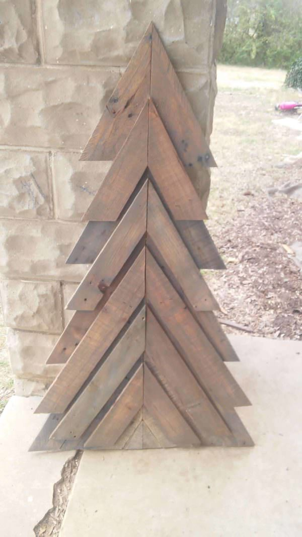 Petite Pallet Chevron Christmas Tree Pallet Home Accessories