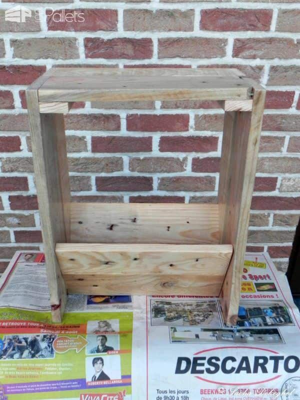 porte journaux newspaper pallet holder 1001 pallets