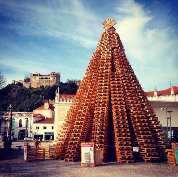 2200 Pallets Christmas Tree (Guinness World Record) Pallet Sheds, Cabins, Huts & Playhouses