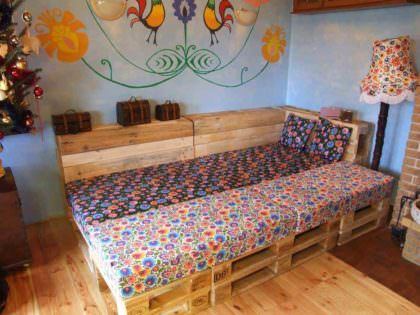 Can You Convert Your Pallet Lounge Into A Double Bed At Night 1001 Pallets