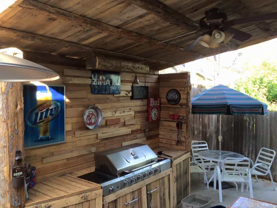 My summer pallet project outdoor kitchen pallet ideas - Outdoor summer kitchen ideas ...