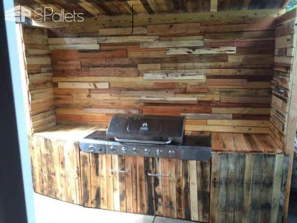 My summer pallet project outdoor kitchen 1001 pallets for Pallet kitchen ideas