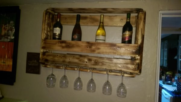 Need More Wine? Make a Wine Rack Pallet Shelves & Pallet Coat Hangers