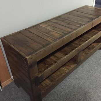 Pallet Entertainment Unit