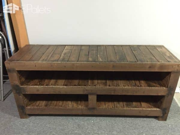 Pallet Entertainment Unit Pallet TV Stands & Racks