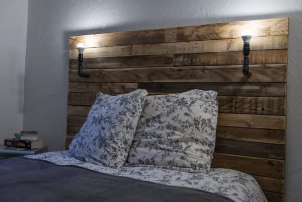 T te de lit pallet bed headboard 1001 pallets for Tete de lit decorative