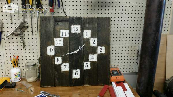 Clocks Clocks Clocks & More Pallet Clocks Pallet Store, Bar & Restaurant Decorations
