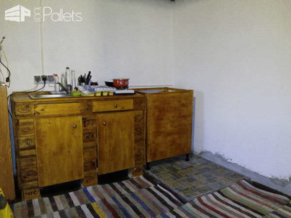 Kitchen Furniture Out Of 5 Wooden Pallets Pallet Cabinets & Pallet Wardrobes