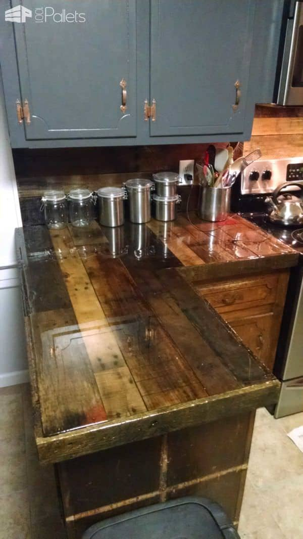 1001pallets.com-pallet-countertops-and-backsplash5