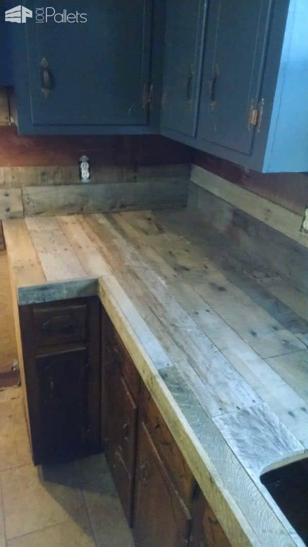 Pallet Countertops & Backsplash Pallet Desks & Pallet Tables