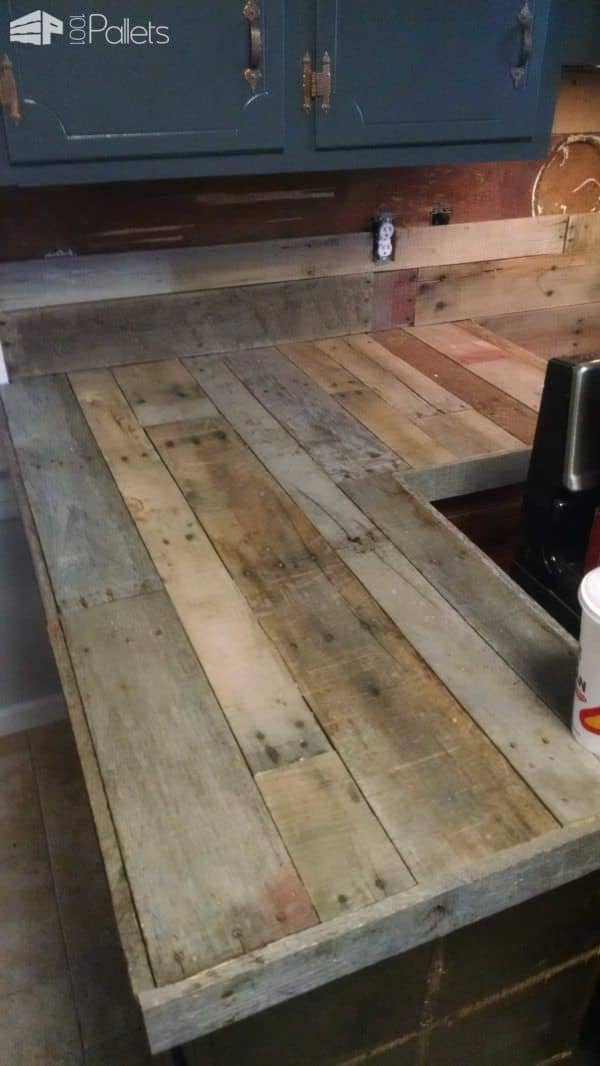 Pallet Countertops amp Backsplash 1001 Pallets