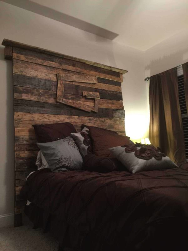 Queen Size Pallet Bed Headboard DIY Pallet bed headboard and frame - Pallet Bedroom