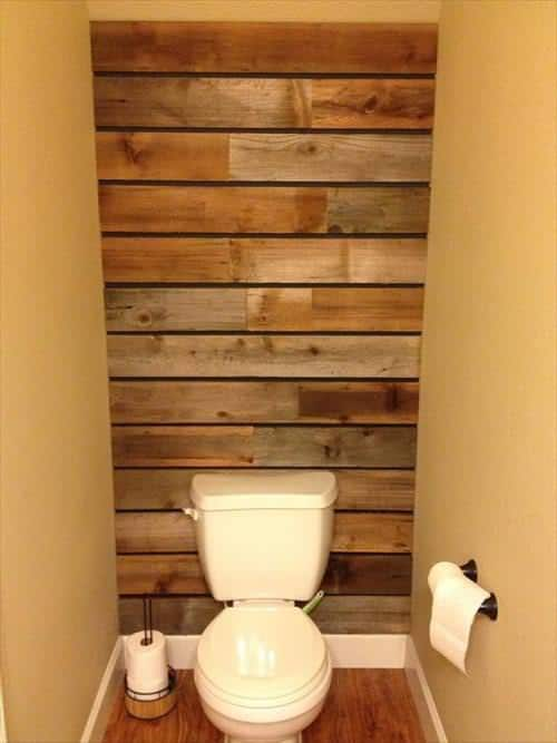 17 rustic bathroom ideas you can make with pallet wood for Pallet bathroom ideas