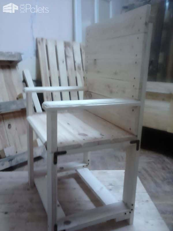 1001pallets.com-this-table-and-chair-need-to-be-3-pallets3