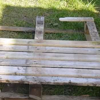 How to Take Apart a Pallet in under 5 Minutes