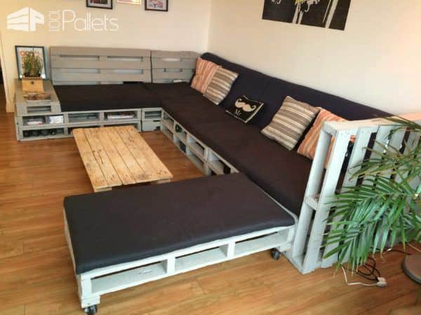 King Size Sofa from 13 Repurposed Pallets Pallet Sofas & Couches