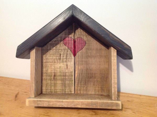 1001pallets.com-little-love-shack