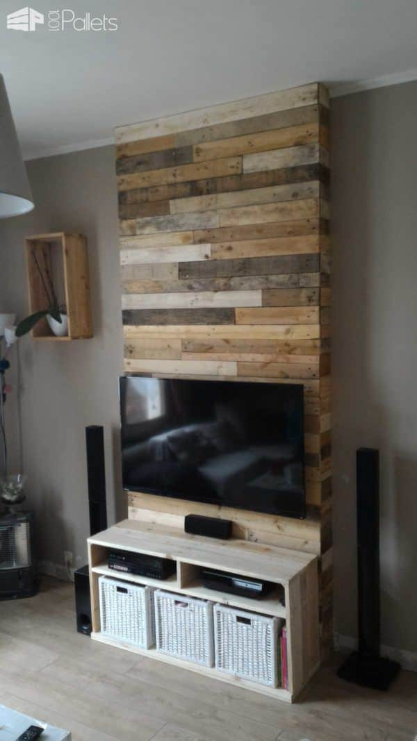 mur en bois de palettes entertainment center wall 1001 pallets. Black Bedroom Furniture Sets. Home Design Ideas