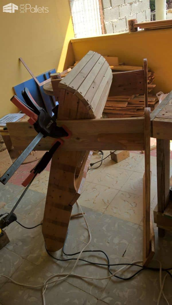 My Adirondack or Muskoka Pallet Chair Pallet Benches, Pallet Chairs & Stools