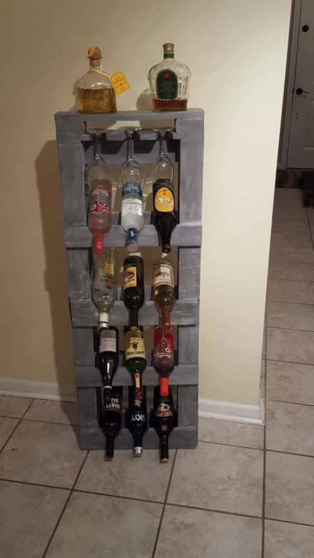 Pallet Alcohol Shelf / Wine Rack