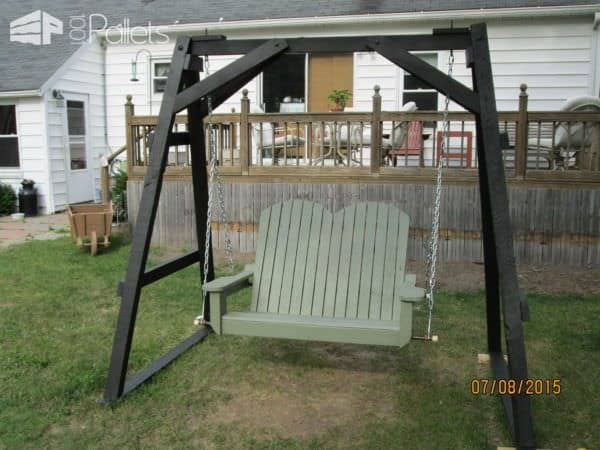 Pallet Swinging Chair Lounges & Garden Sets