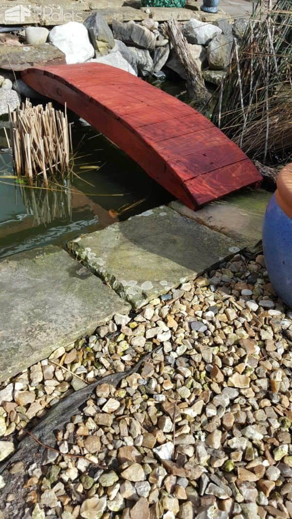Pond Bridge From Pallet Planks Pallets in the Garden