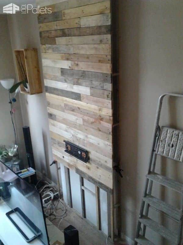 Wall from Pallet Wood / Mur En Bois De Palettes Pallet TV Stands & Racks Pallet Walls & Pallet Doors