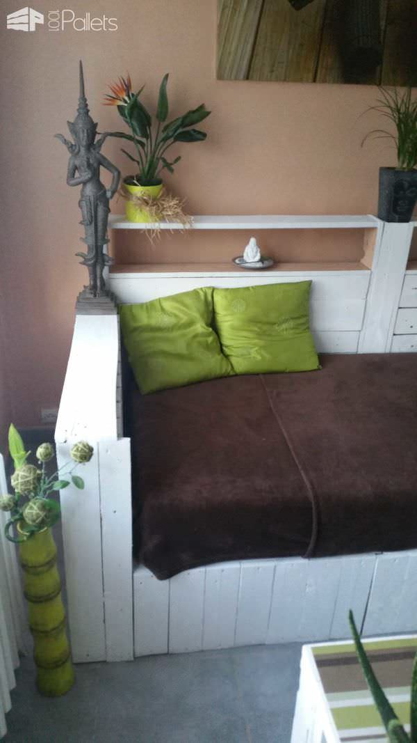 White Pallet Sofa: Do You Prefer It Painted or Not? Pallet Sofas