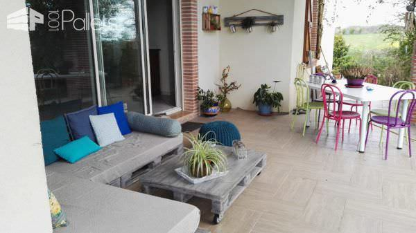 3 pallets lounge with its coffee table canap avec sa table basse pallet - Creer sa table basse ...