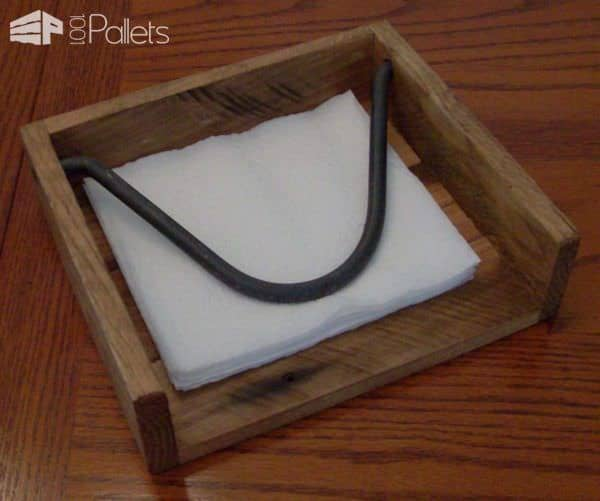 Bigger Isn't Necessarily Better: Pallet Napkin Holder DIY Pallet Home Décor Ideas