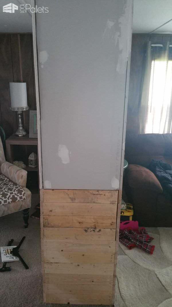 How I Made This Pillar out of Reclaimed Pallets & 1 Sheet of Drywall Pallet Wall Decor & Pallet Painting