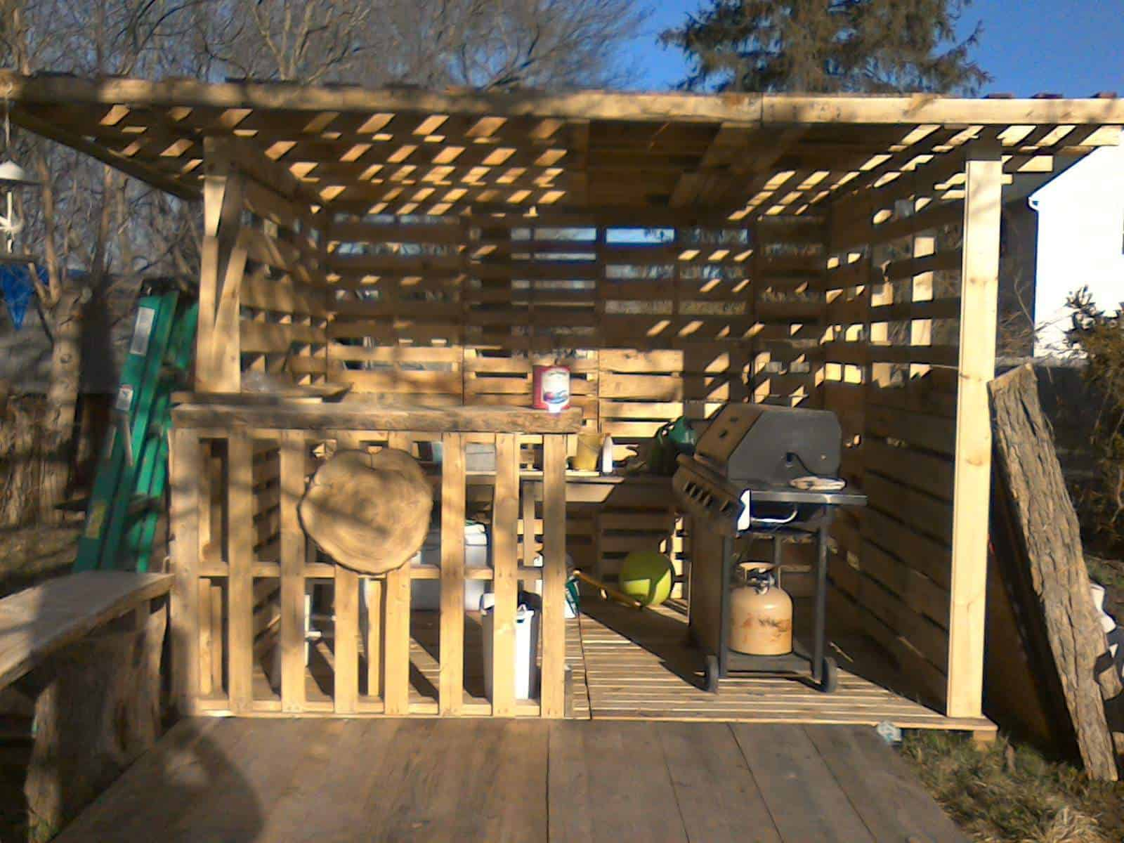 Pallet Hut Work In Progress 1001 Pallets