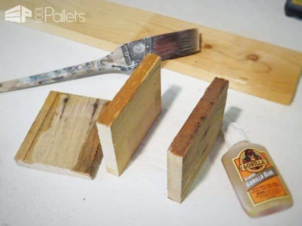 Pallet Wood Wall Mount Silverware Holder Pallet ideas for DIY - Home Décor
