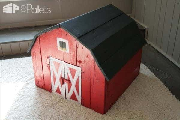 pallet-toy-barn-1