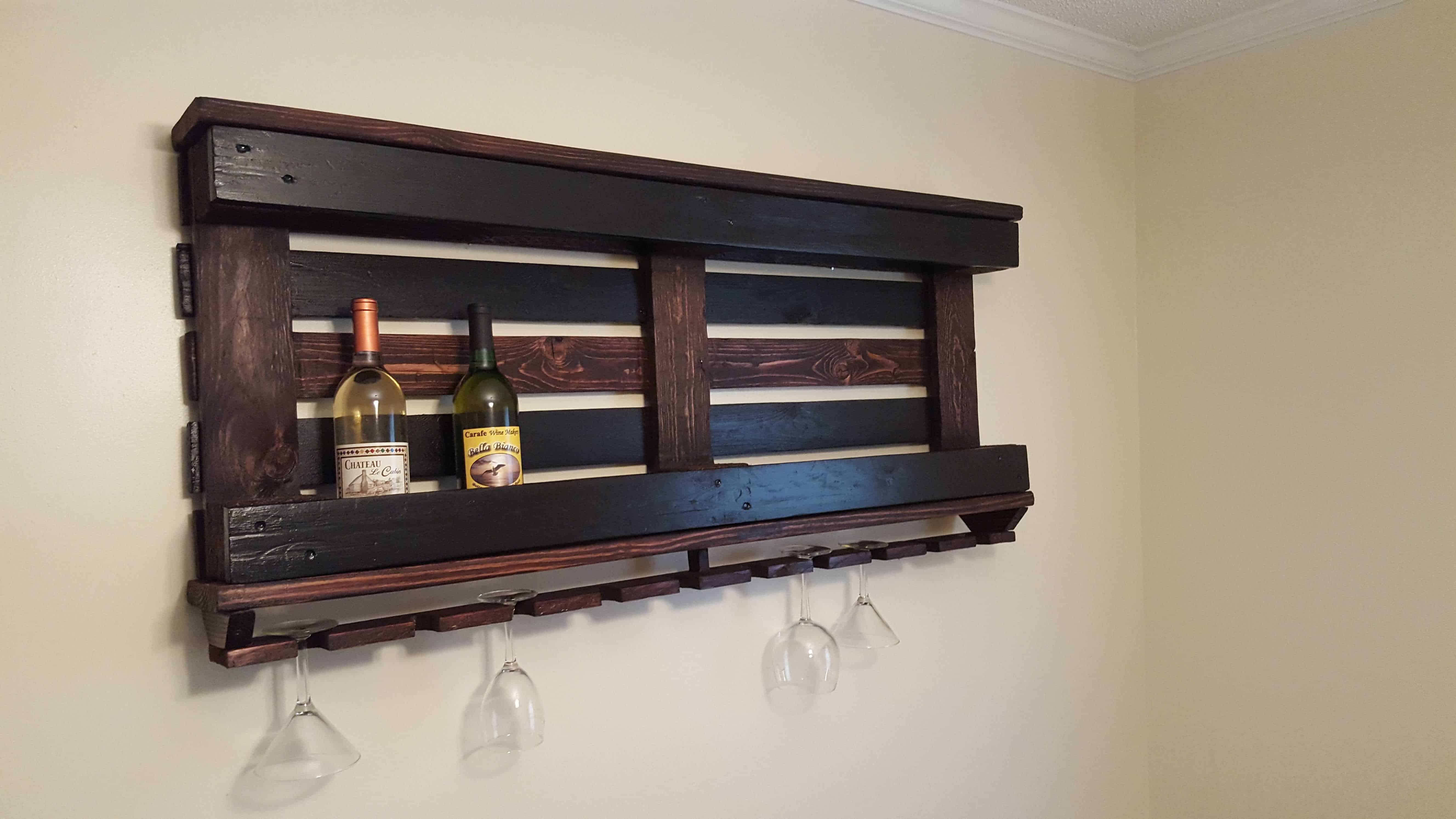 Wine Rack with One Pallet & Repurposed Wood • Pallet Ideas ...