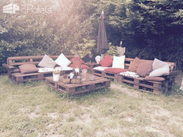 1001pallets.com-garden-benches-made-by-my-parents