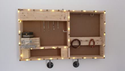 Industrial Style Jewel Holder from Pallets