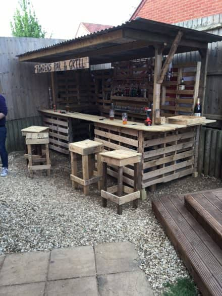 Making the Ultimate Garden Bar Using Pallets