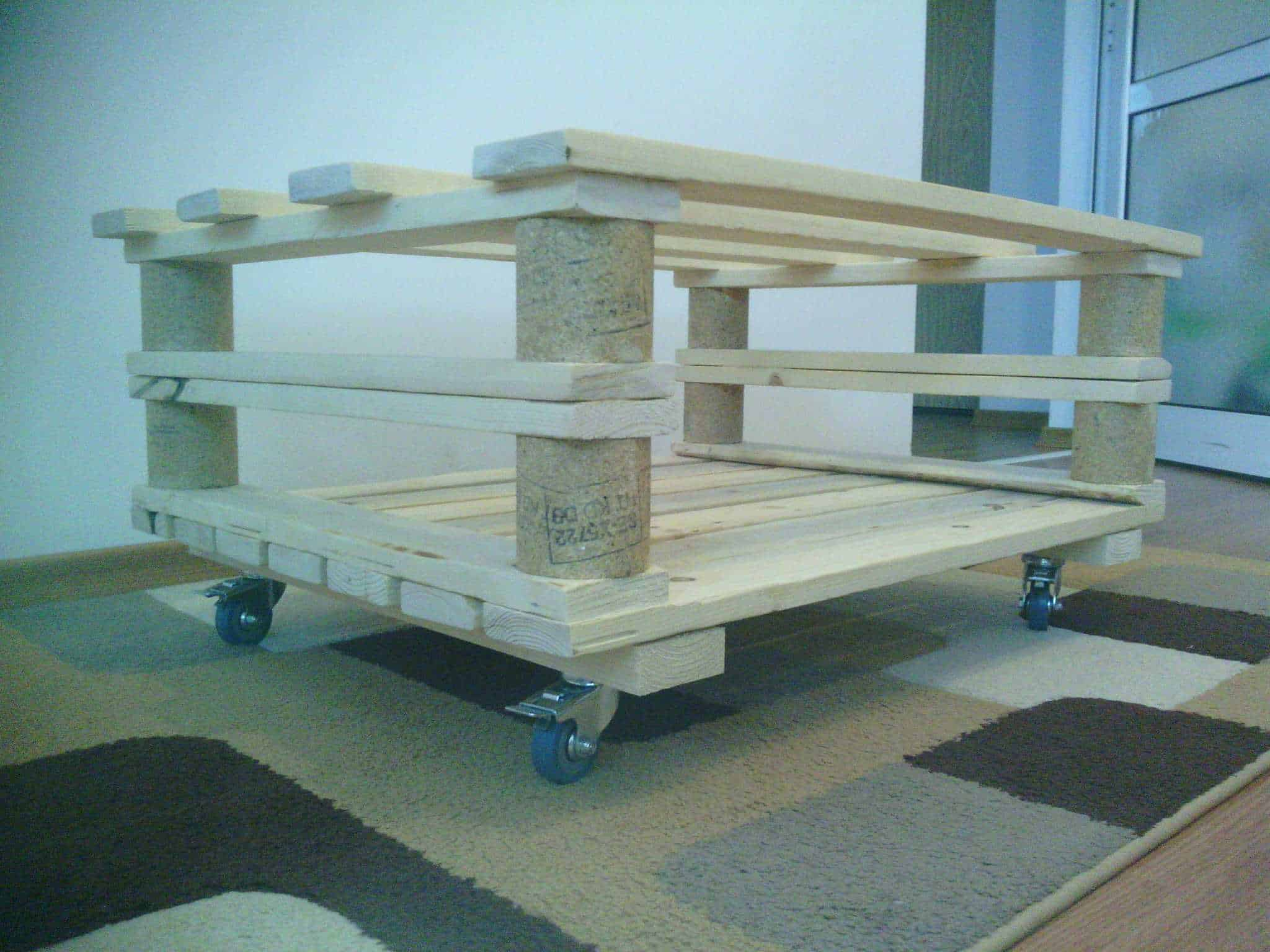 Mobile Pallet Coffee Table 1001 Pallets