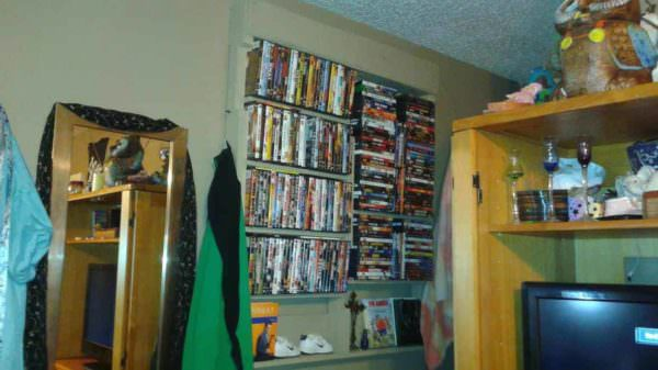Pallet Dvd Wall Rack Pallet Bookcases & Bookshelves