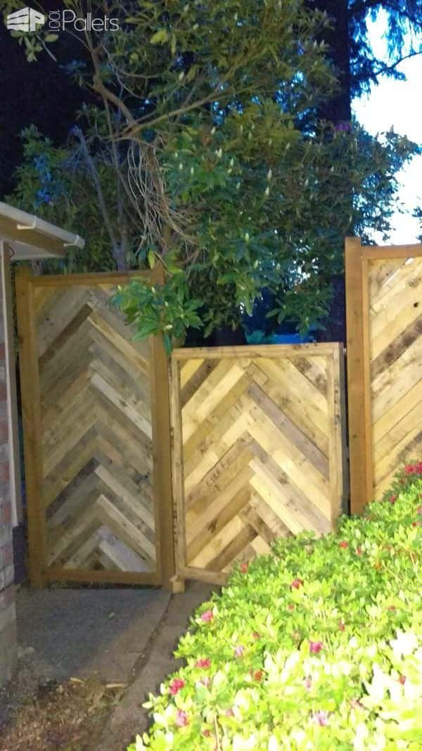 Pallet Fence - The Next Chapter Pallet Fences