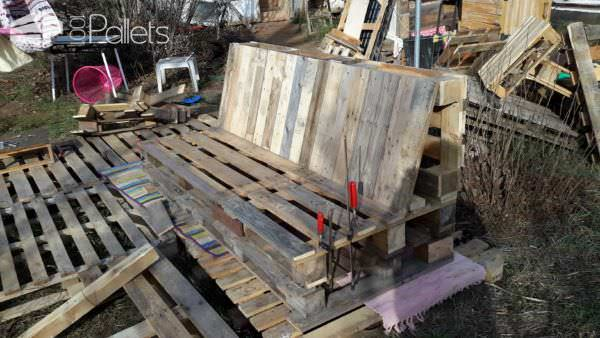 1001pallets.com-pallet-patio-set1