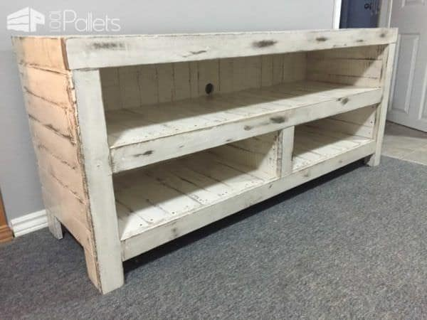 Rustic Entertainment Unit Pallet TV Stand & Rack