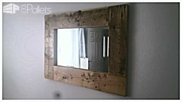 Rustic Mirror Frame From Pallets Pallet ideas for DIY - Home DécorPallet Walls & Pallet Doors