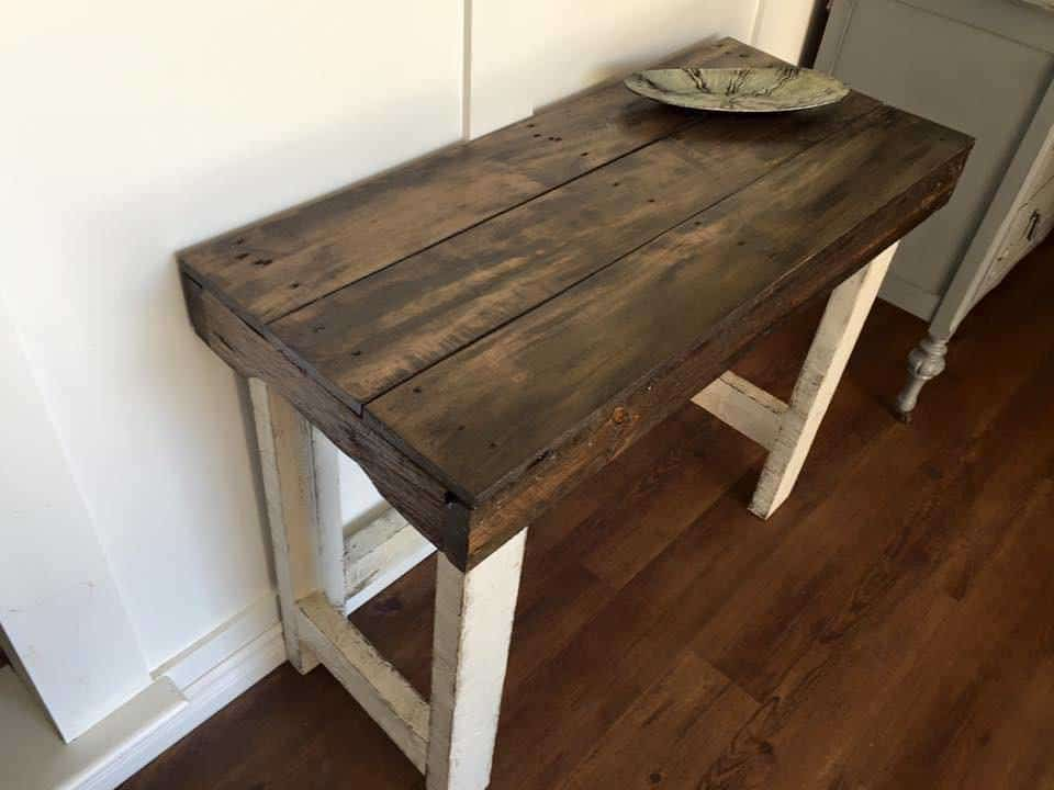 Rustic Sofa Table • 1001 Pallets