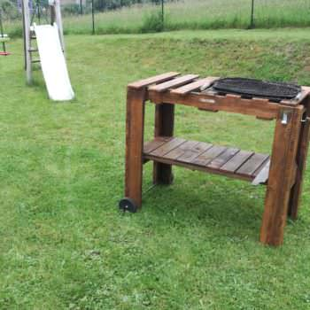 Barbecue / Pallet Bbq Table