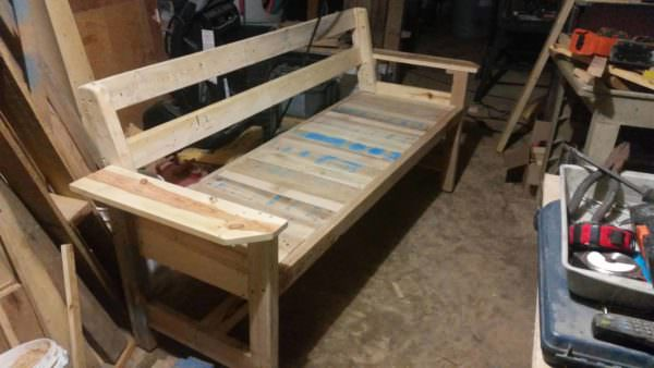 Beautiful Pallet Bench Pallet Benches, Pallet Chairs & Stools