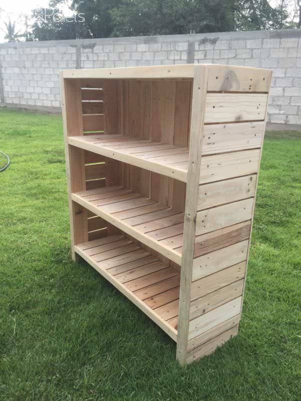 1001pallets.com-book-storage