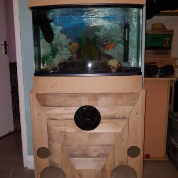 Pallet Fish Tank Stand